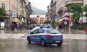 polizia auto corso domo