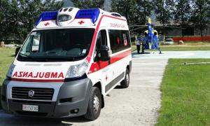 ambulanza elicottero campo rifornimento